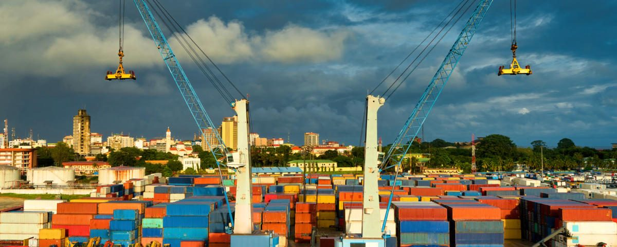 africa_guinea_conakry_harbor_harbour_shipping_containers_cranes_by_viti_gettyimages-1154922310_2400x1600-100802866-large